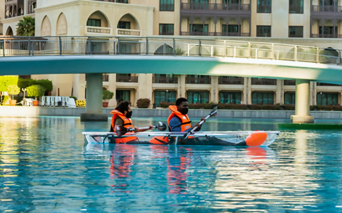 dubai fountain- kayak-1