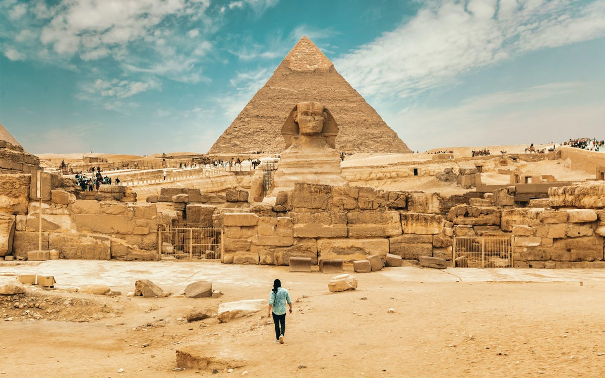 pyramids, bazaar and citadel tour with photographer-0