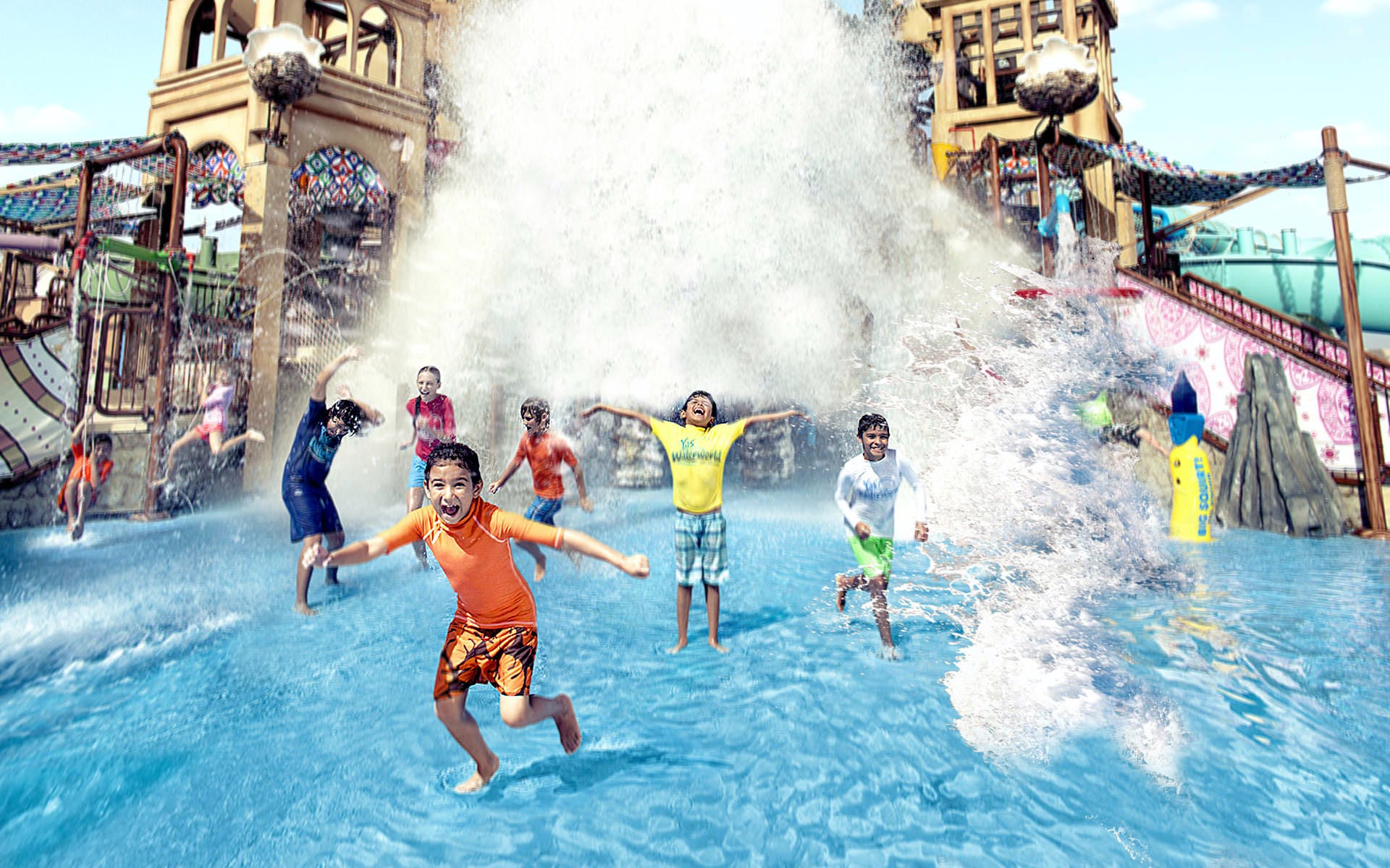 best-water-parks-in-dubai-yas-waterworld-water-park