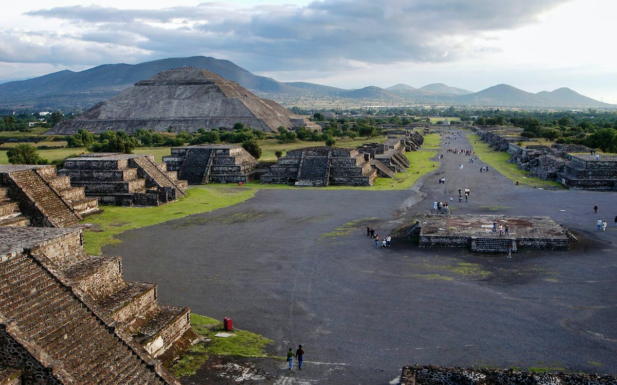 teotihuacan on your own-0