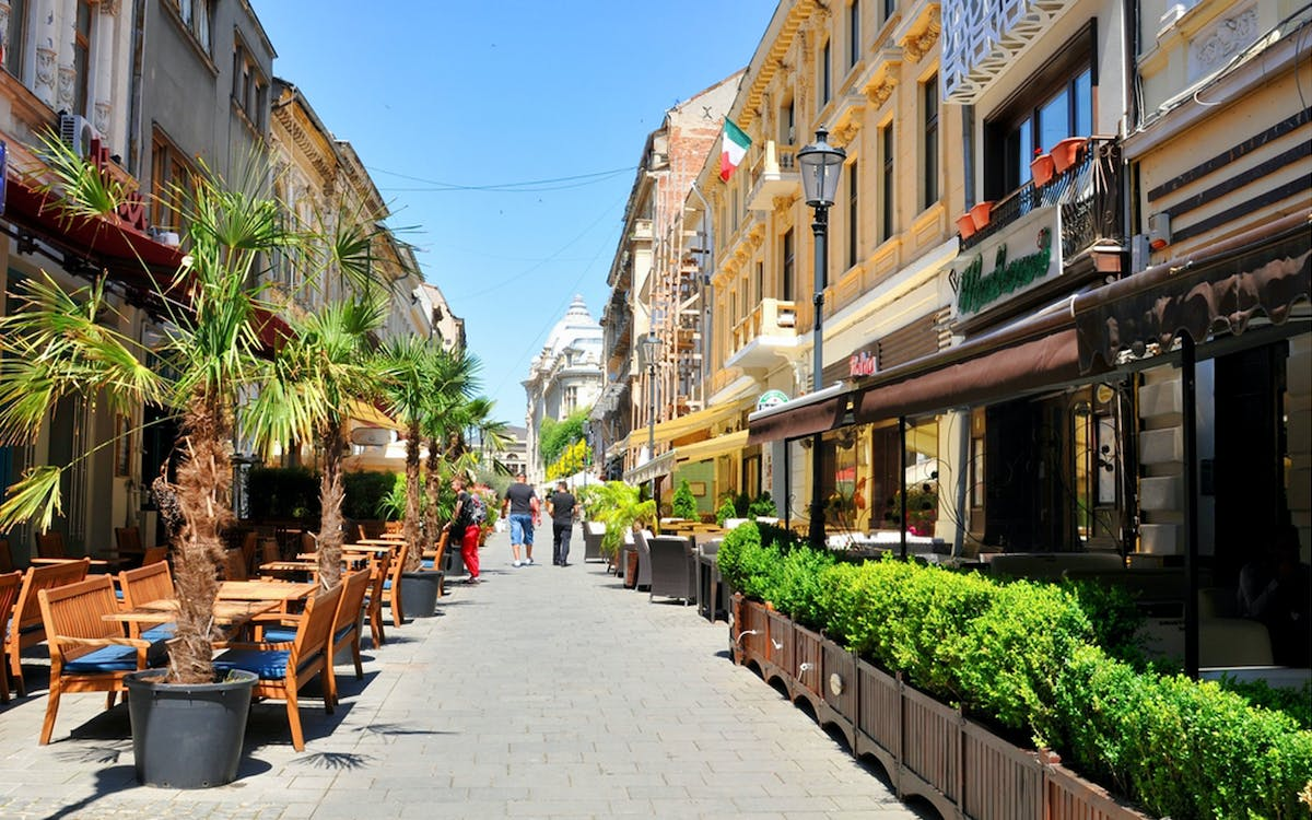 the old town of bucharest - walking food tour-0