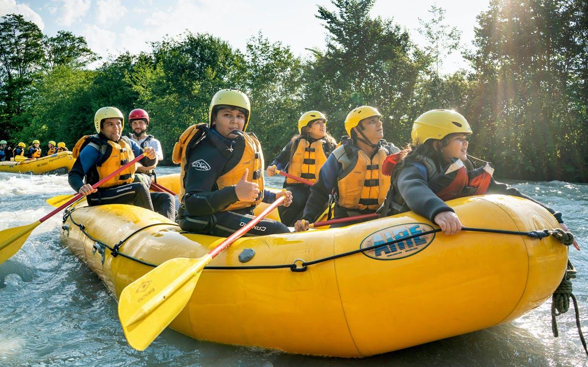family rafting to lake brienz-0