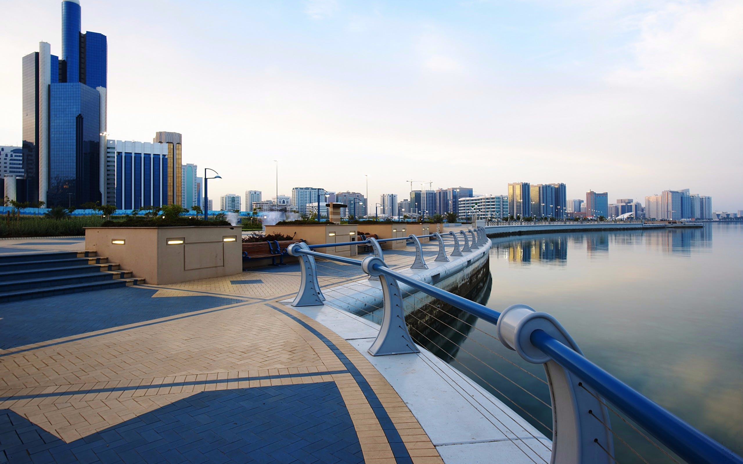 sheikh zayed mosque and abu dhabi city guided tour-4