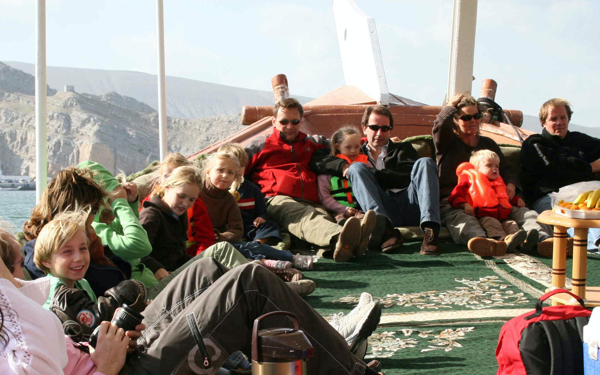 musandam dibba tour with dhow cruise & lunch-4