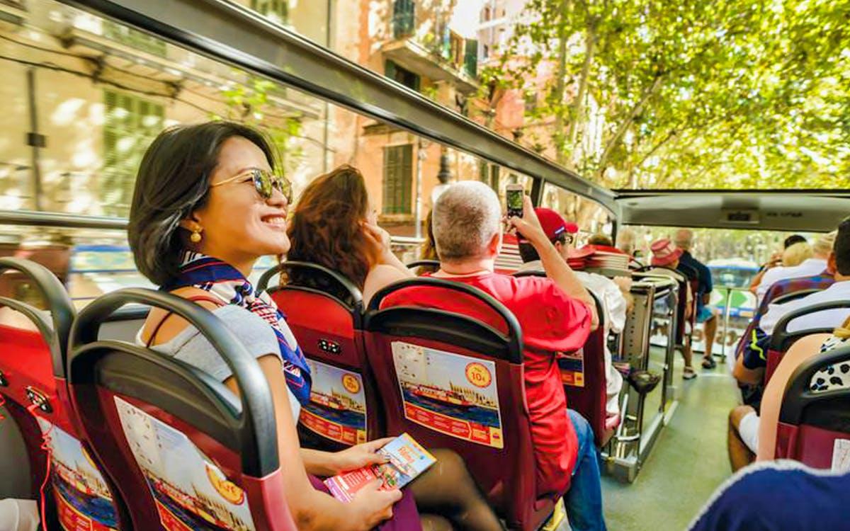 hop- on, hop-off  palma de mallorca bus & boat sightseeing tour-1