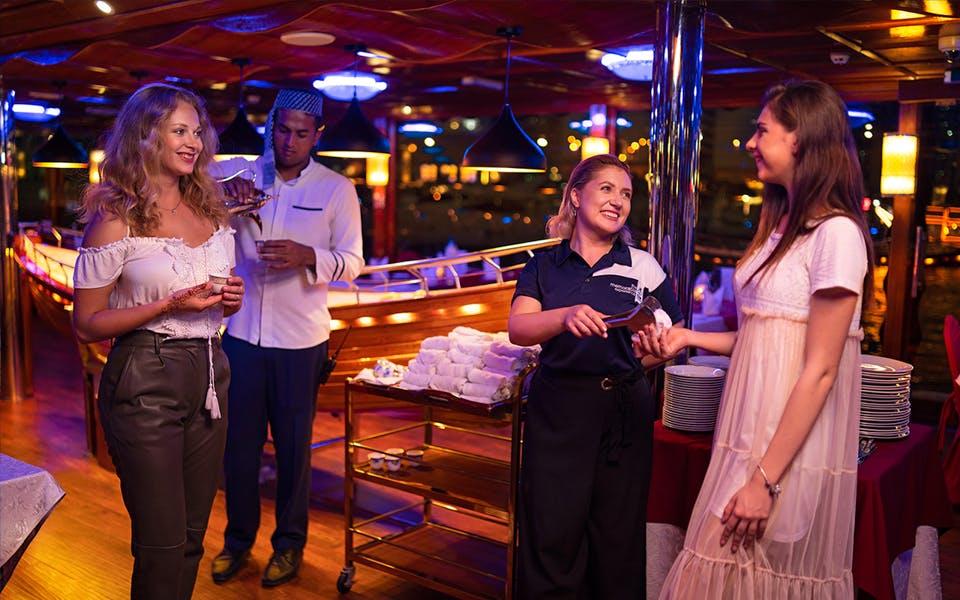 marina dinner cruise with live music-0