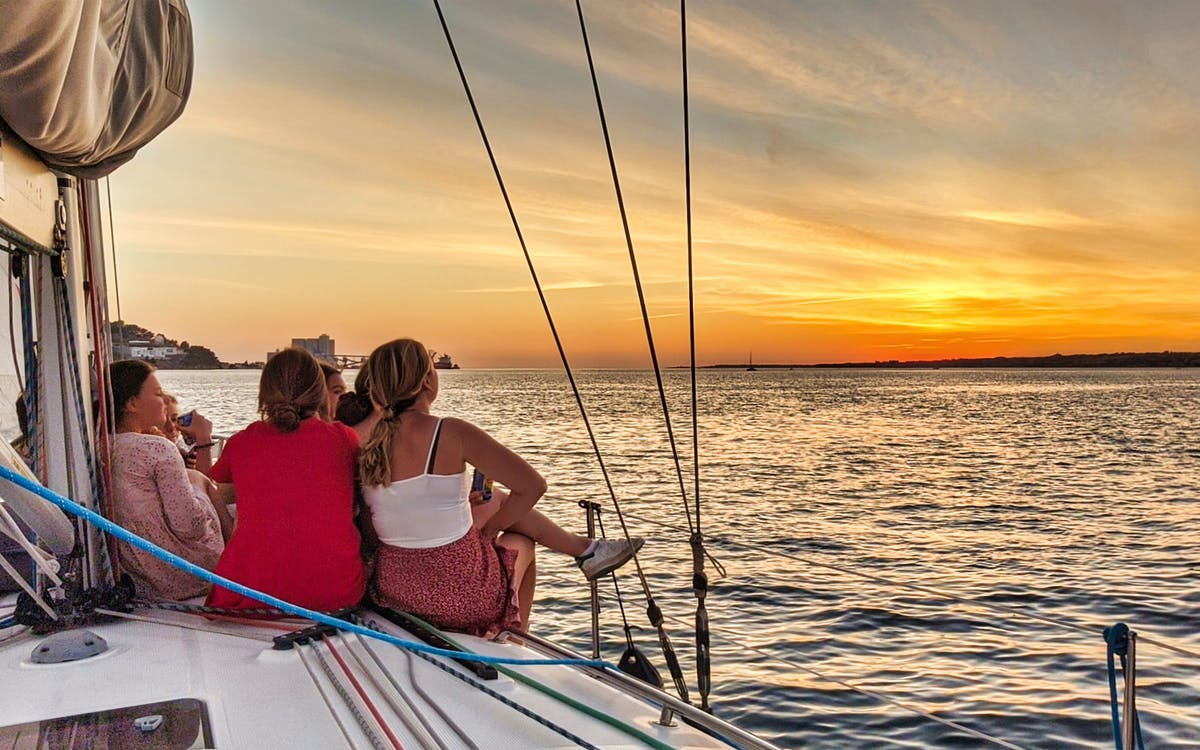 lisbon private sunset cruise-1