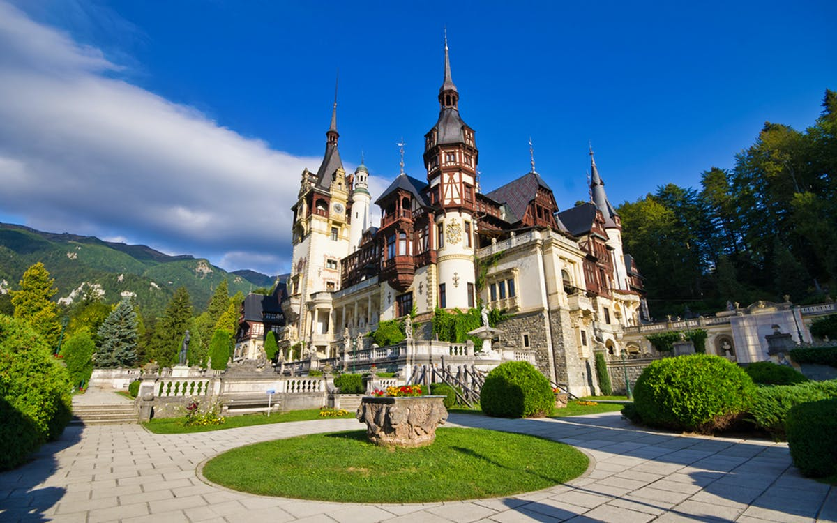 entrance ticket to peleș castle in sinaia-0
