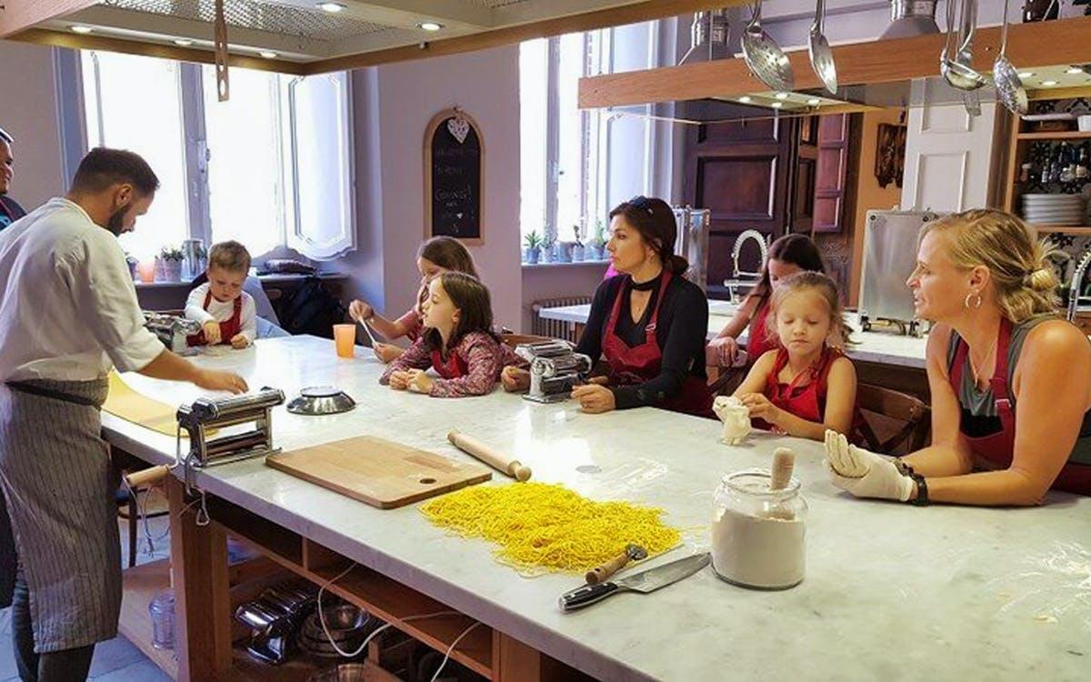 small group pasta making and tiramisu class-1