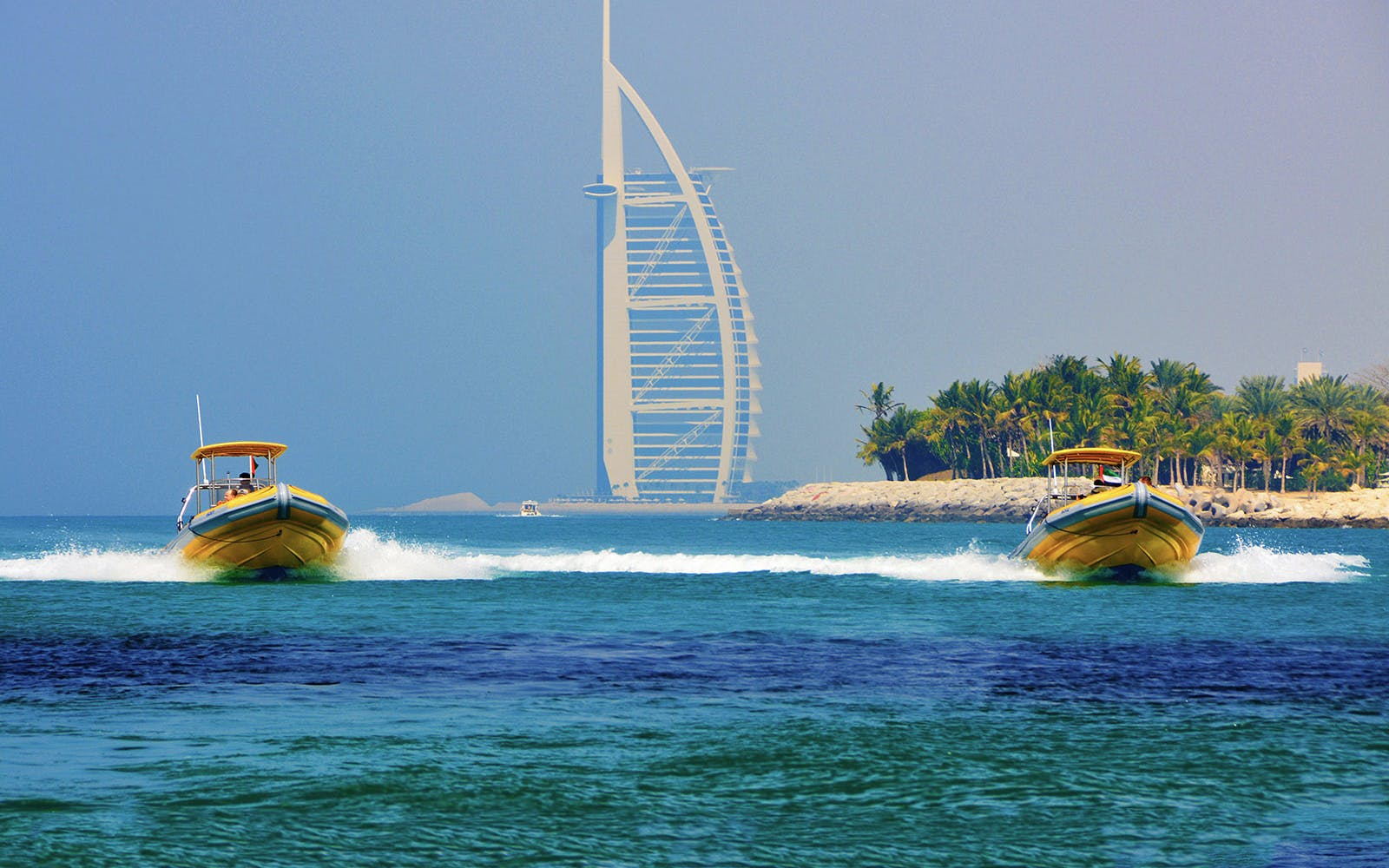Yellow Boats: Palm Jumeirah & Burj Al Arab Boat Tour