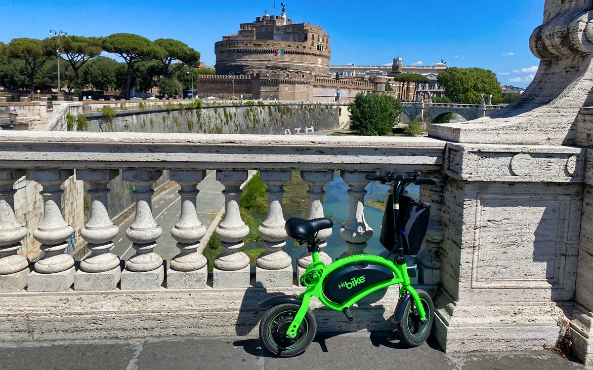 e-bike rental with castel sant angel admission tickets and audioguide-1