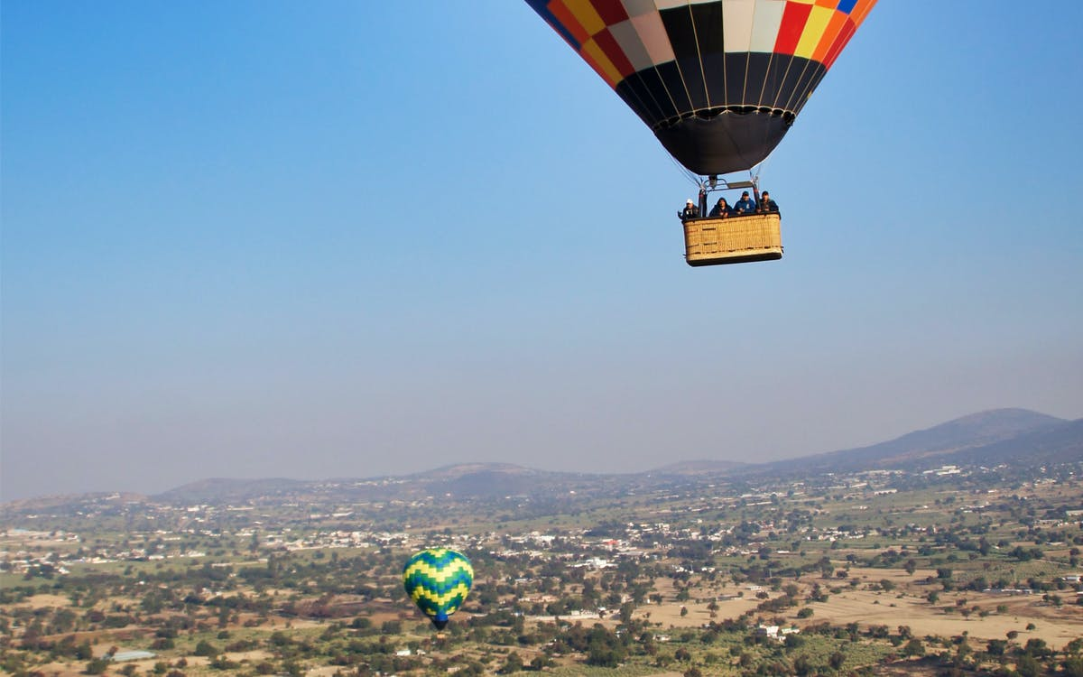 teotihuacan hot air balloon flight & breakfast from mexico city-0