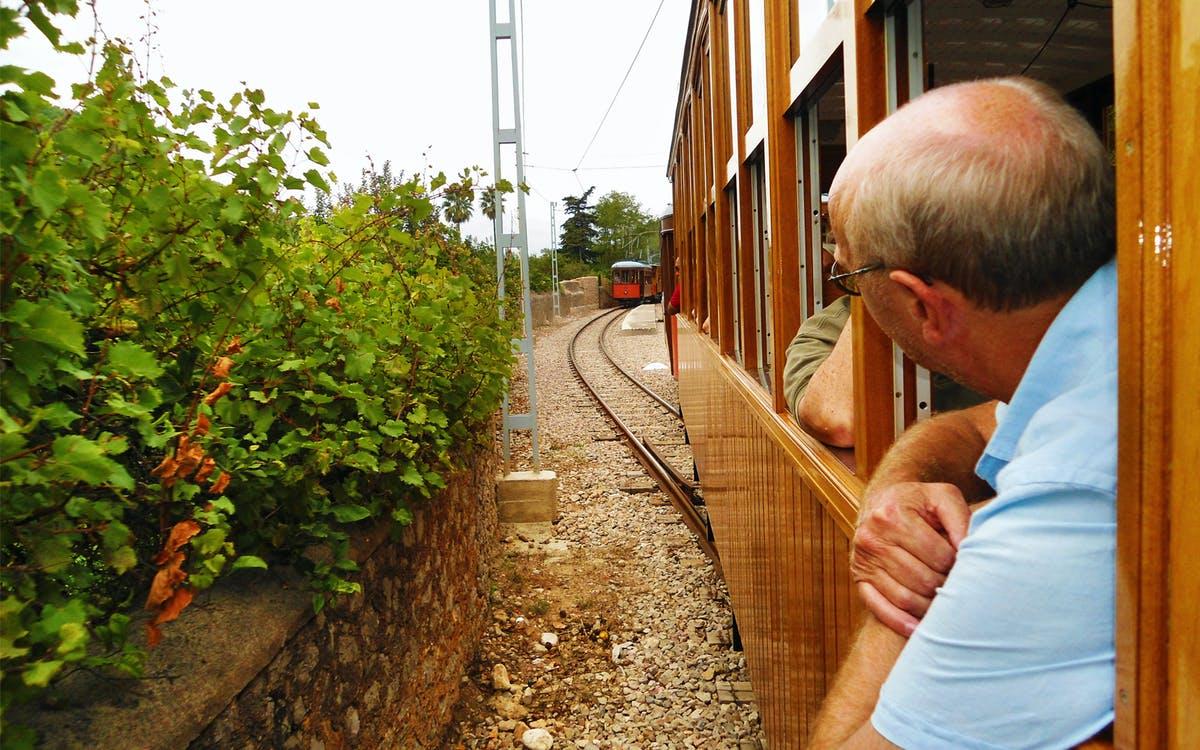 mallorca sightseeing tour : boat + vintage train-0