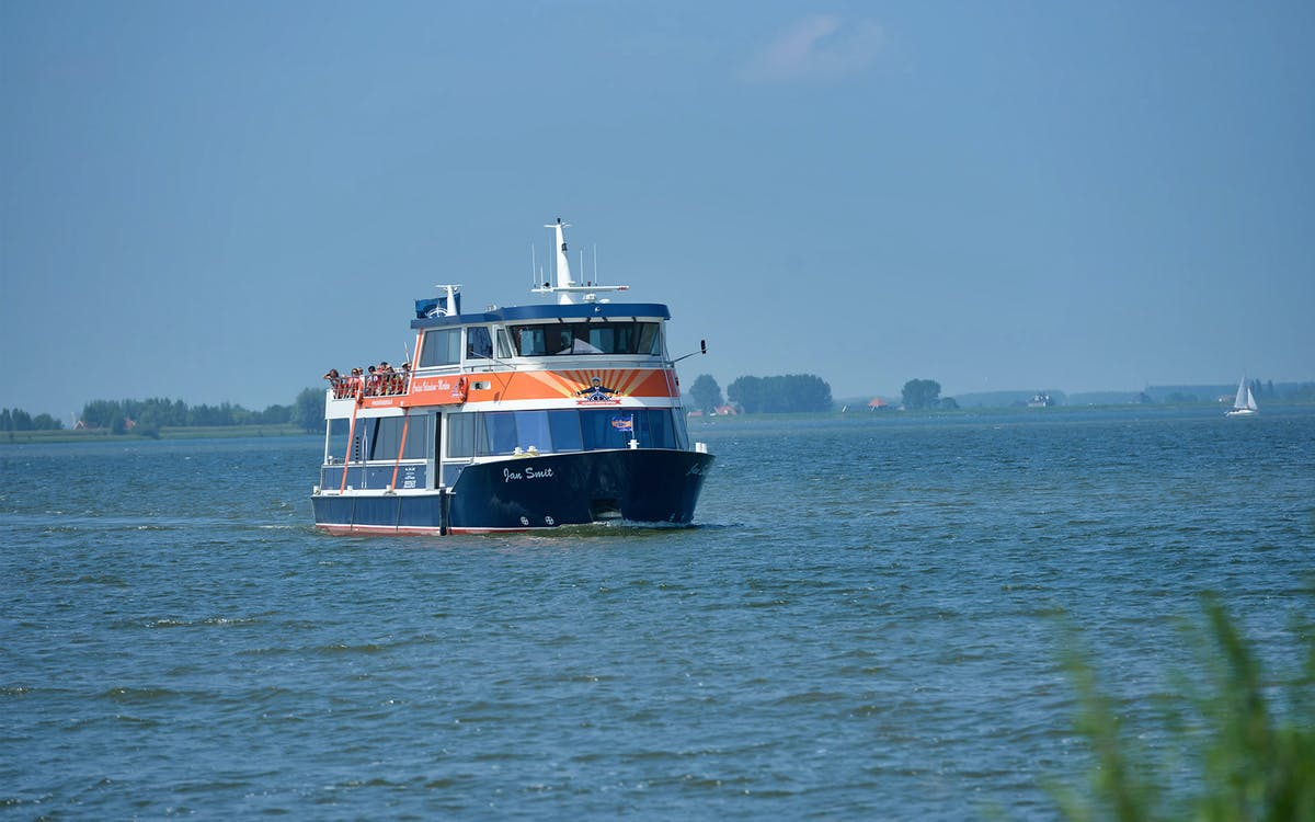 e-scooter tour of volendam, monnickendam & marken + optional boat ticket & photo-0