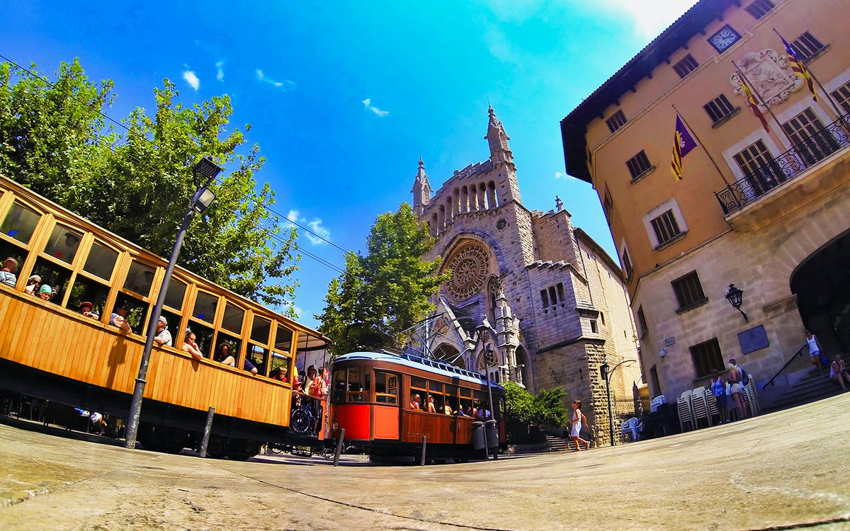 valldemossa and soller tour with bus and tram-0