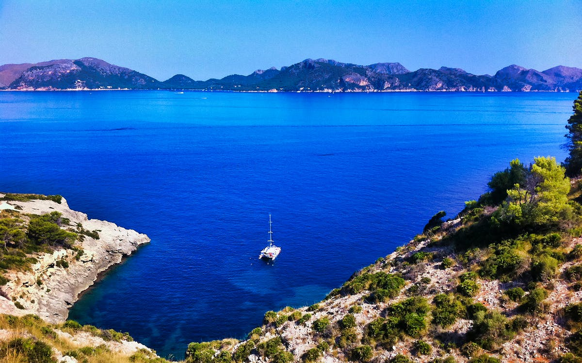 alcudia: 3-hours boat trip caves and snorkel-0