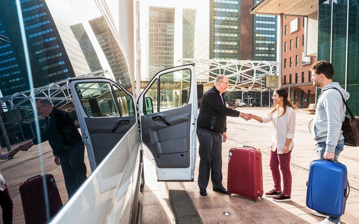 sabiha gokcen airport (saw) istanbul shared transfer-1