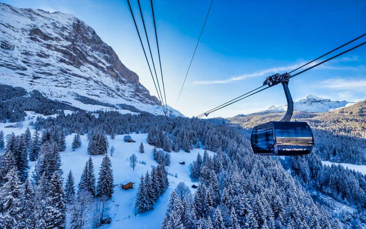 round trip ticket to jungfraujoch from interlaken east-0
