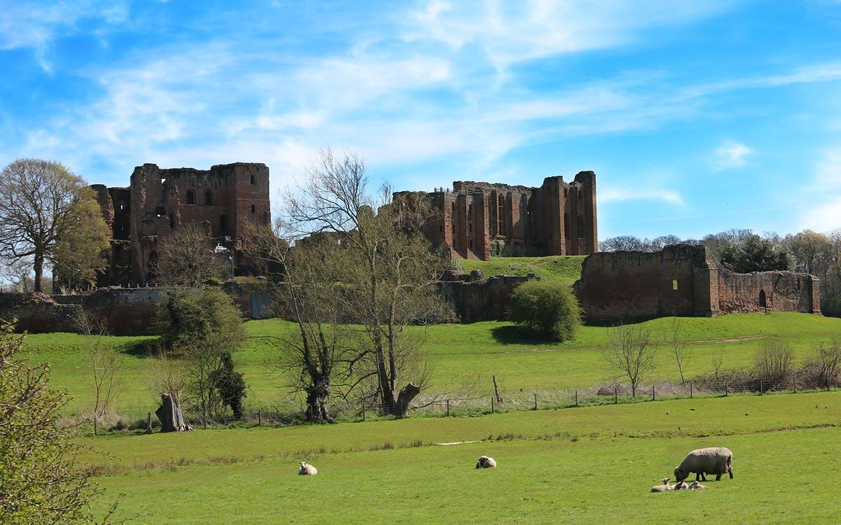 kenilworth castle and elizabethan garden: admission ticket-0