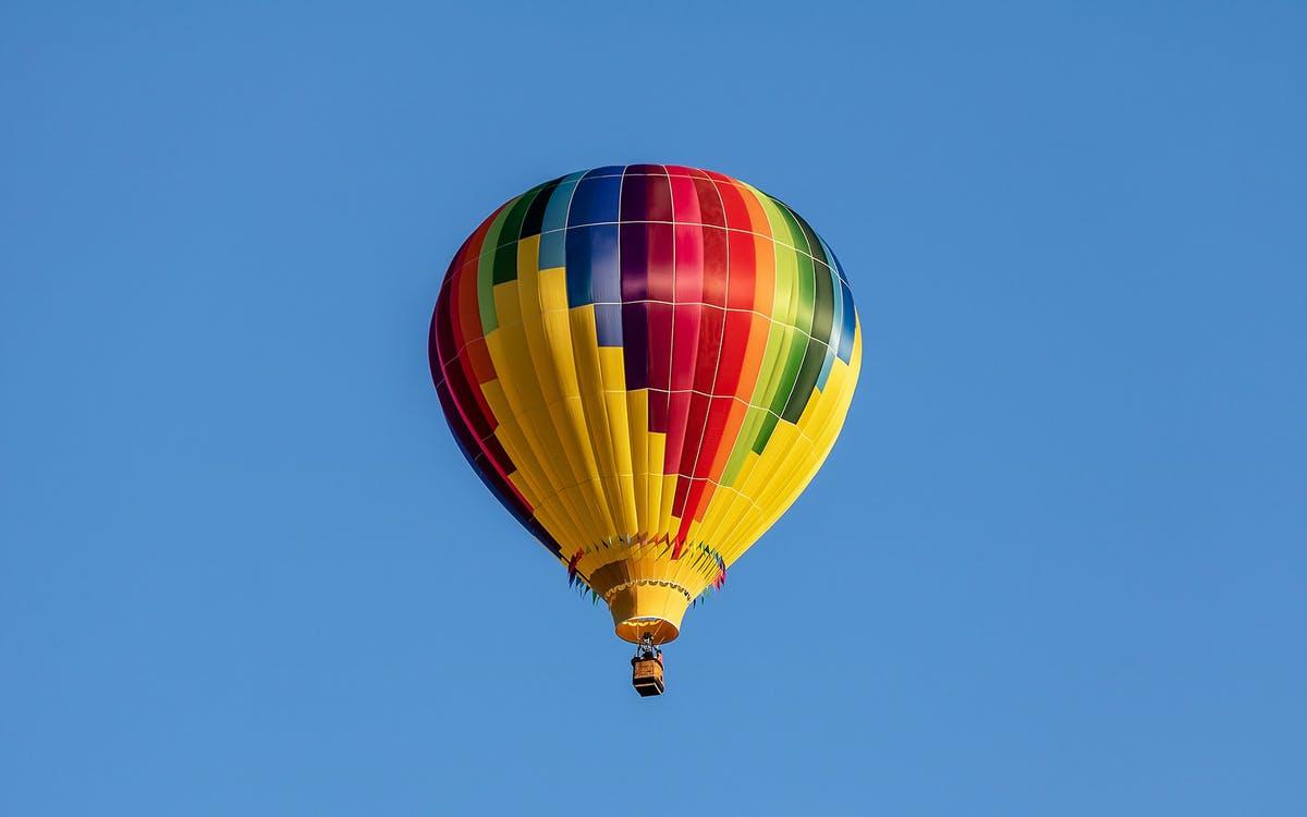hot-air balloon adventure and tour in prague-1