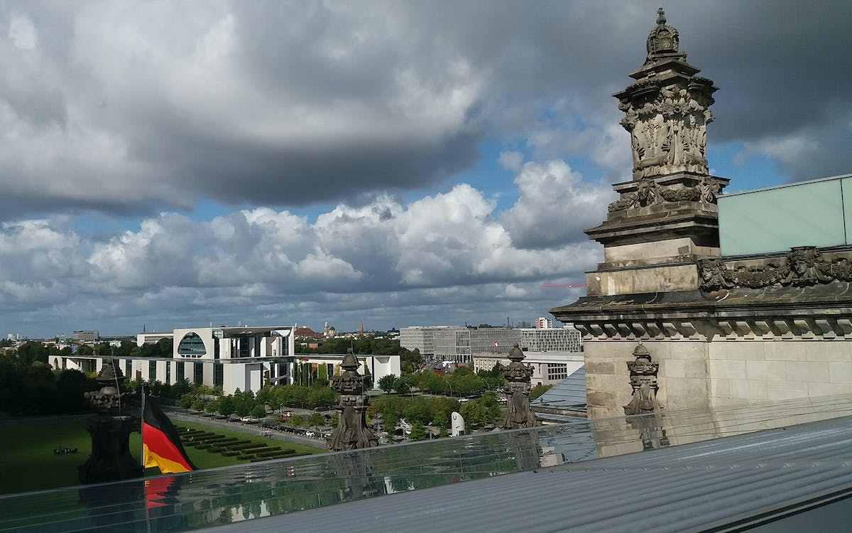 parliament district guided tour: visit to the reichstag including plenary hall &-0