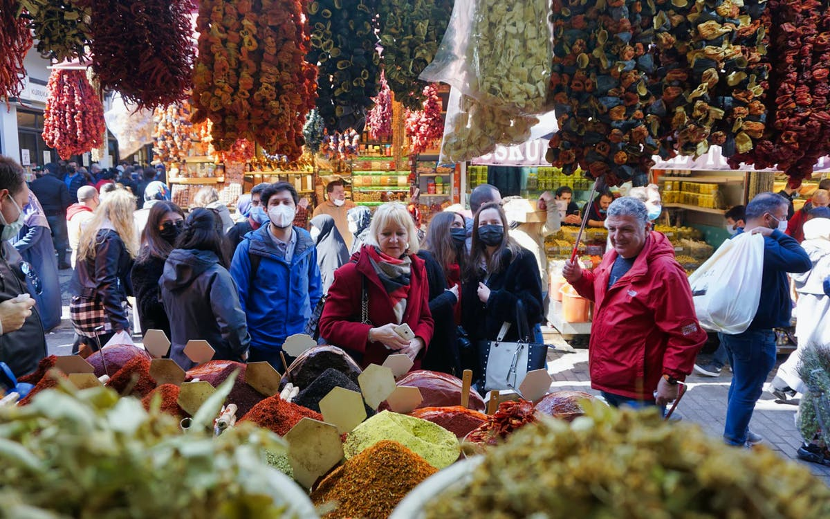 istanbul walking tour: local markets and rooftops-0