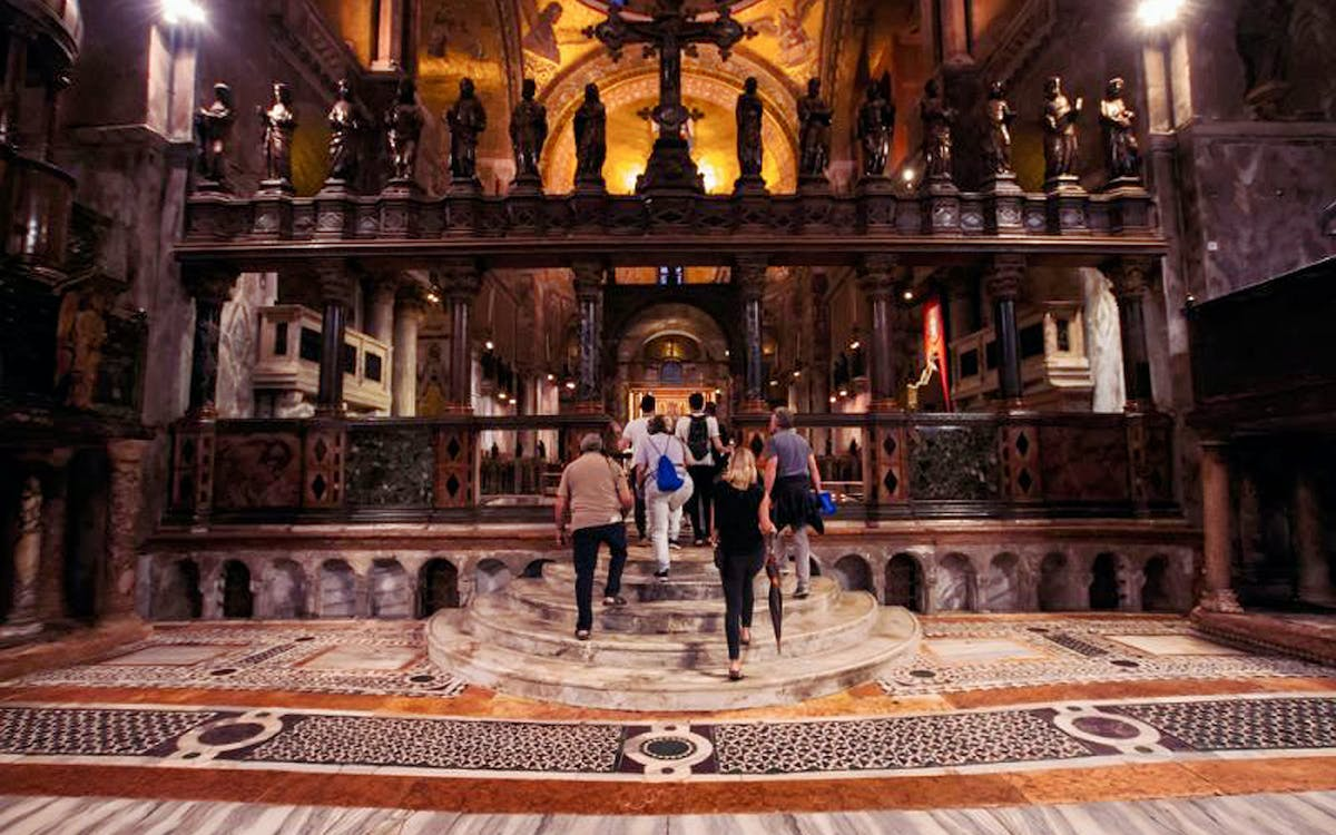 exclusive night tour of st.marks basilica-0
