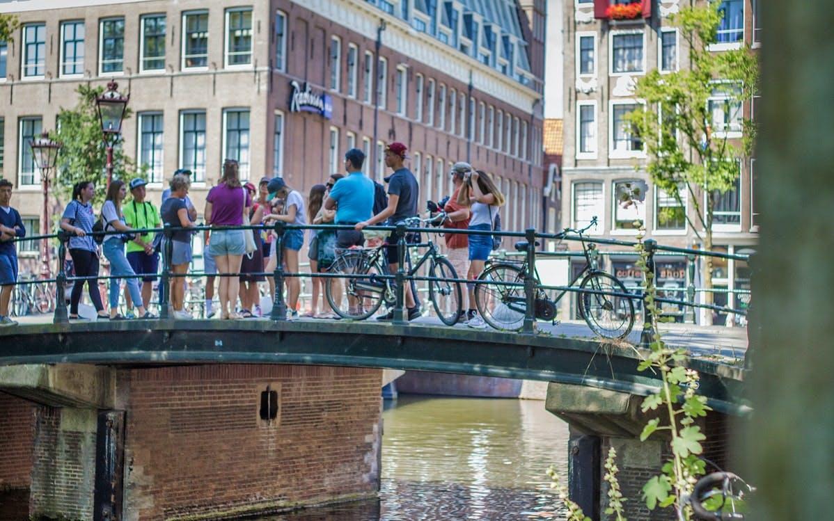 anne frank walking tour + canal cruise-0