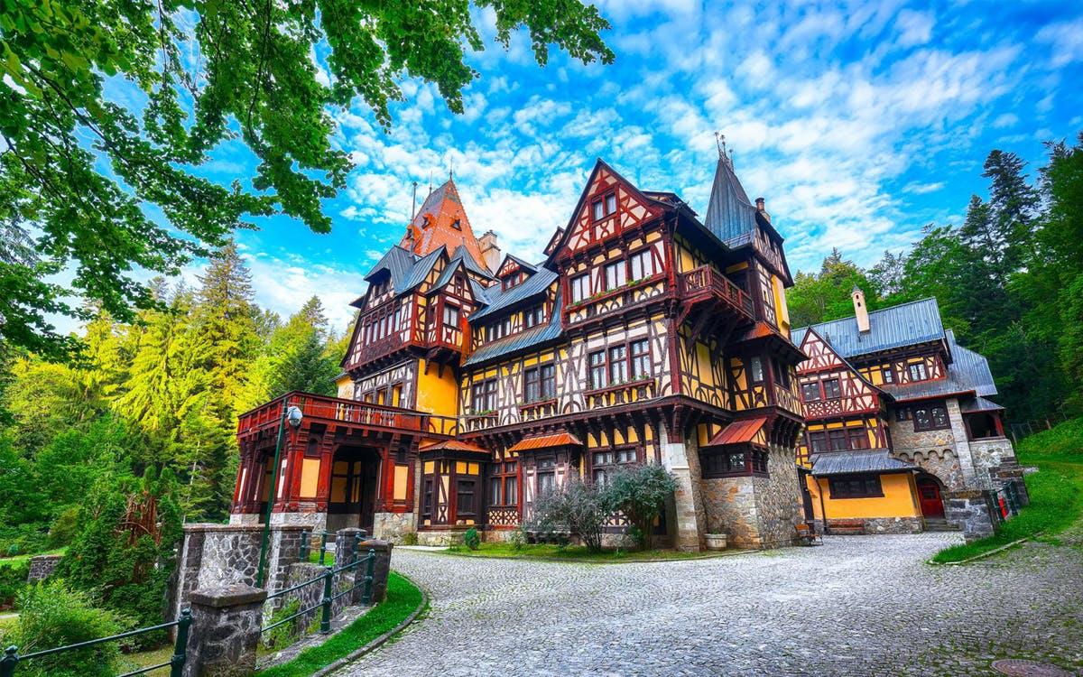 super saver - day trip to dracula's castle & peles castle-0