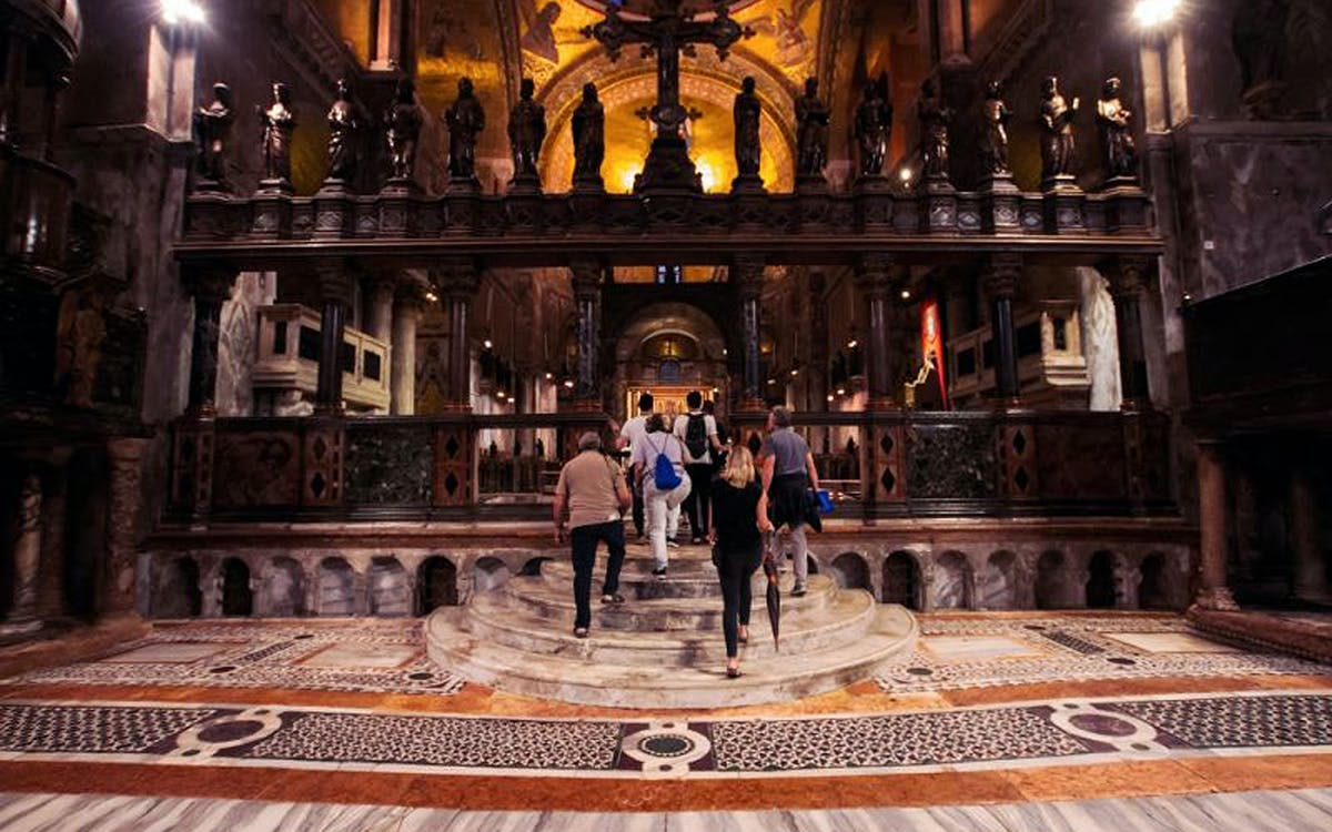 alone in st. mark's basilica with optional doge's palace-0