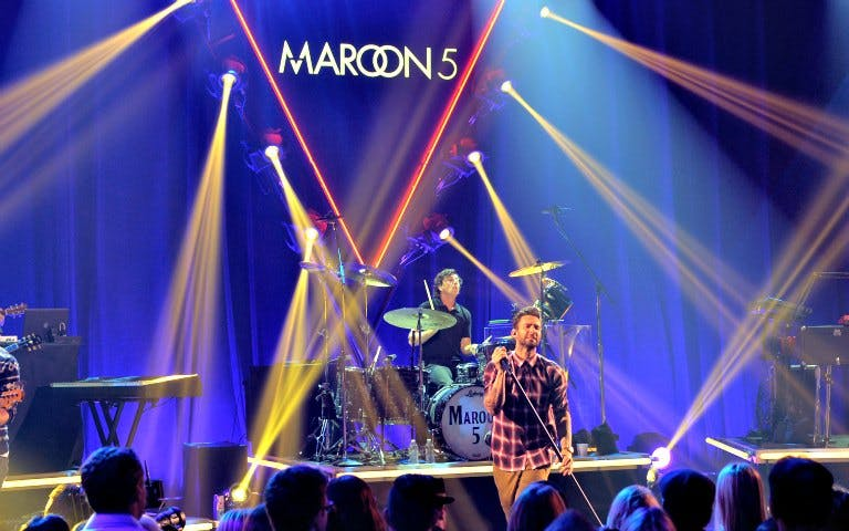 maroon 5 at the mandalay bay-1