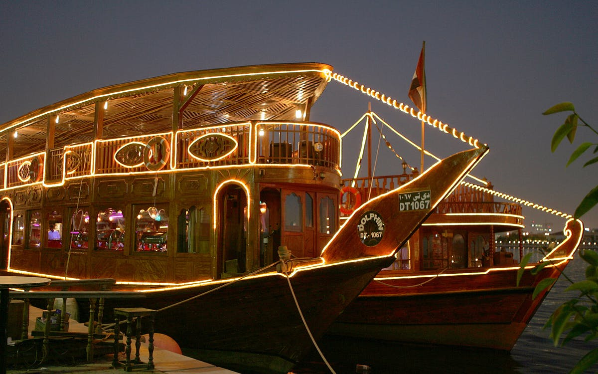 dhow dinner cruise with live entertainment in dubai creek and the open seas-3