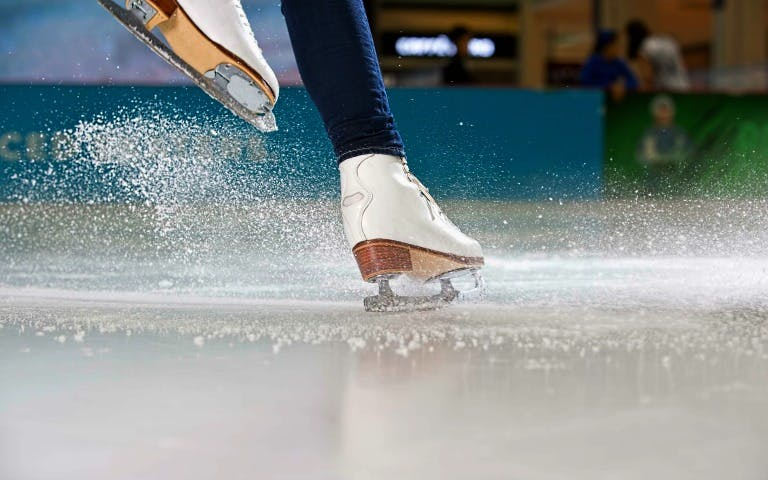 Dubai with kids- Dubai Ice Rink - 2