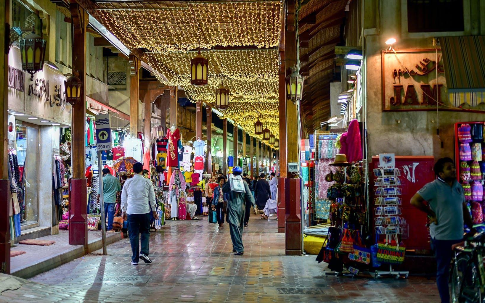 places-to-visit-in-dubai-meena-bazaar