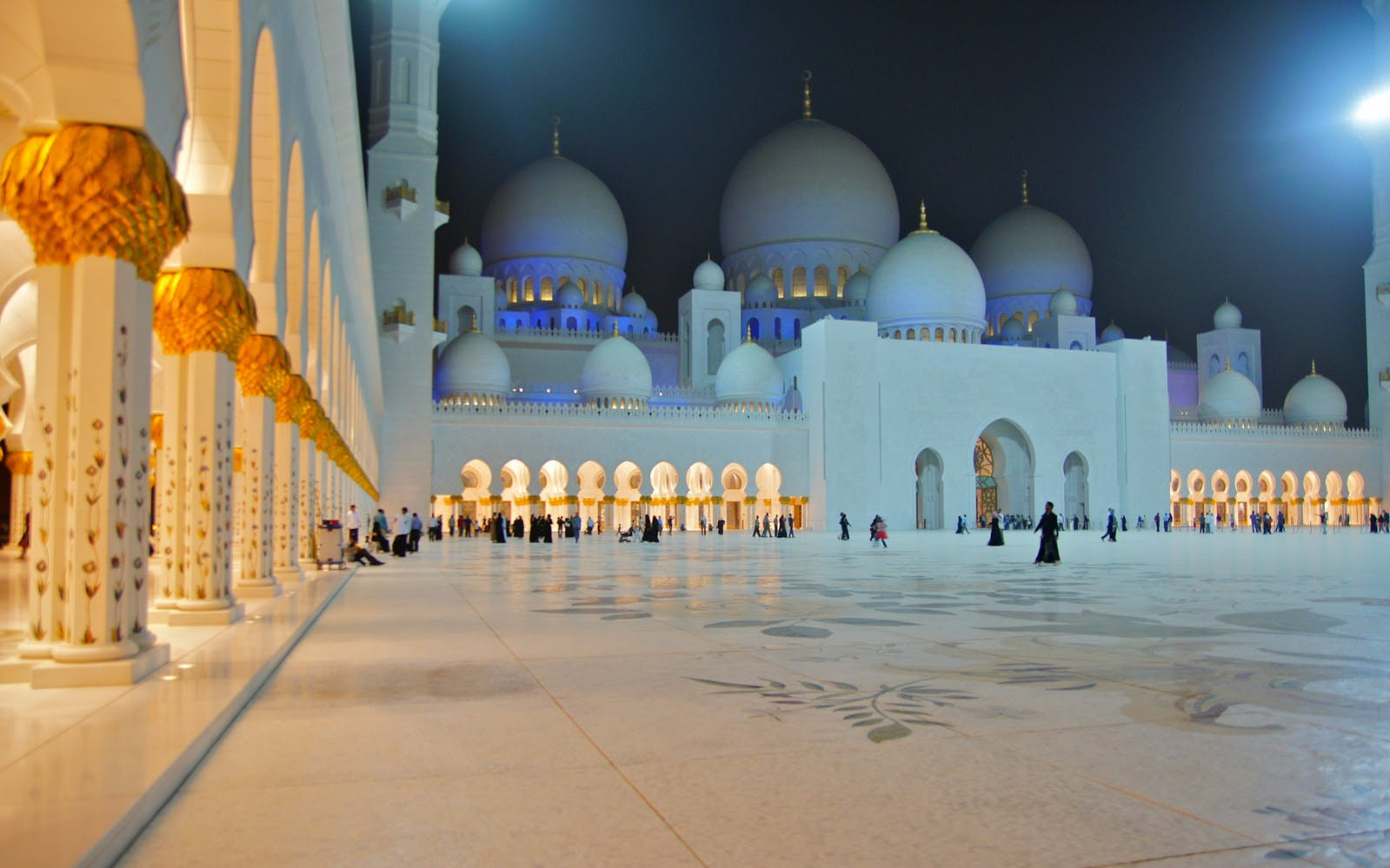 sheikh zayed grand mosque tour-5