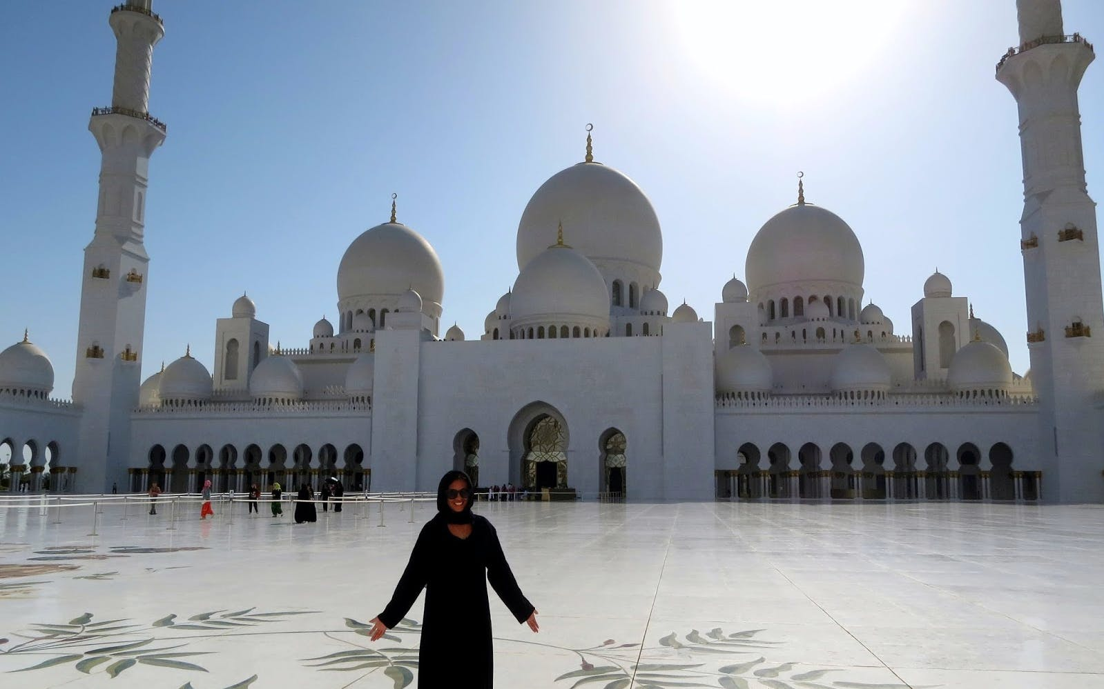 sheikh zayed grand mosque tour-2