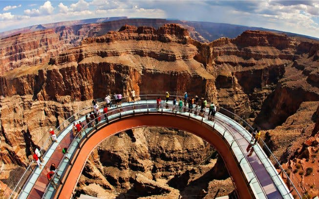 private grand canyon helicopter + vip haulapai ambassador tour + skywalk -2