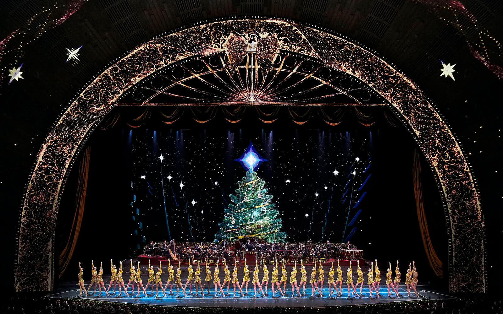Review Radio City Christmas Spectacular 2020 Radio City Christmas Spectacular Reviews | Broadway Review Round Up