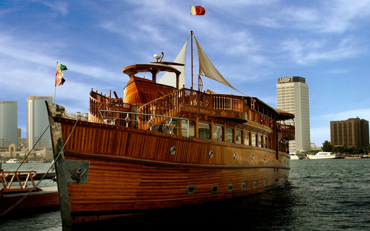dubai creek sightseeing dhow cruise