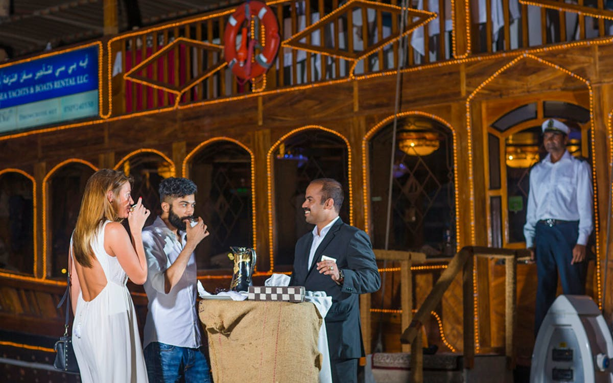 dubai marina dhow dinner cruise with live entertainment-3