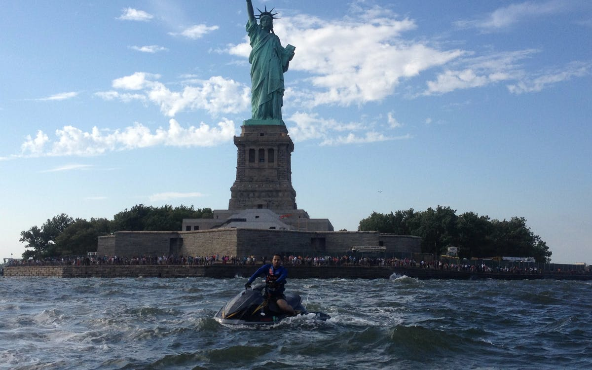 statue of liberty & brooklyn bridge - jet ski tour-1