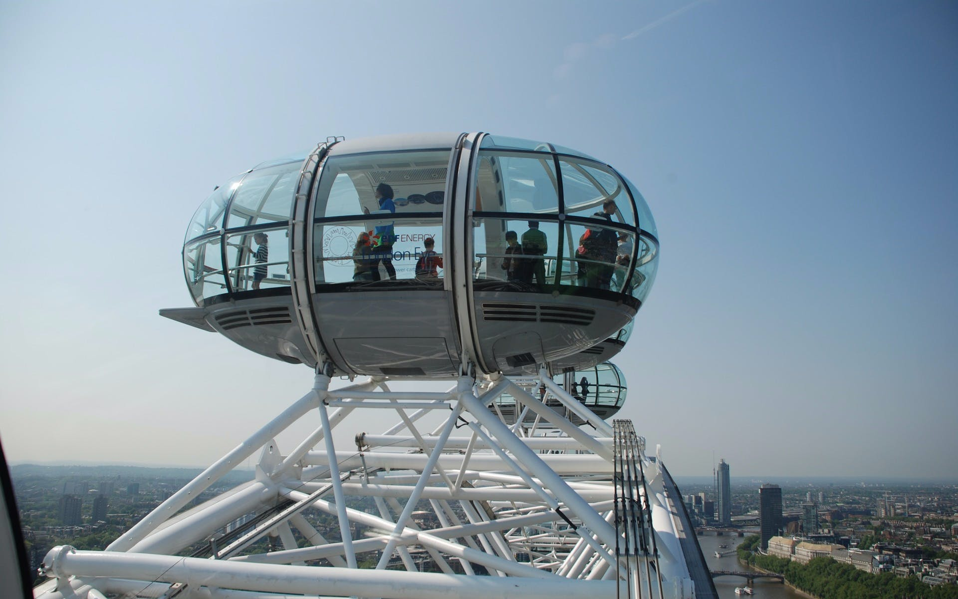 london eye + madame tussauds & tower of london-1