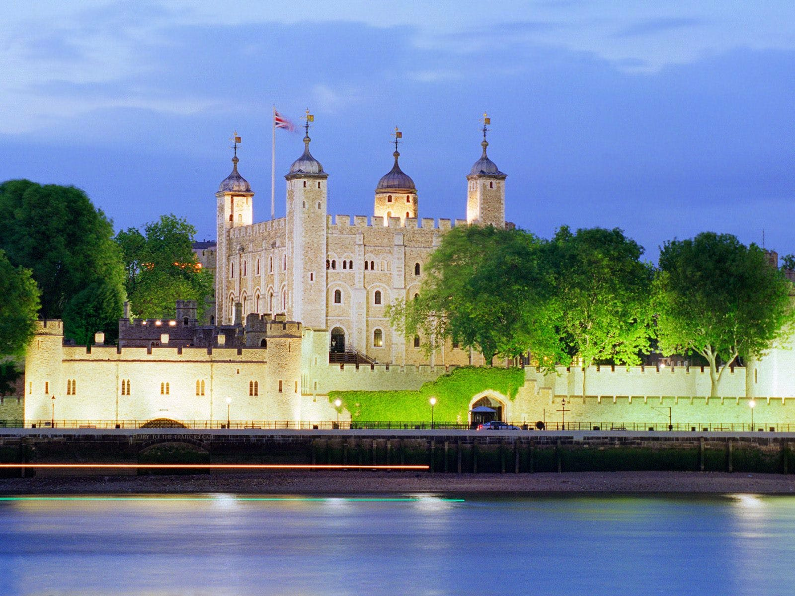 tower of london + madame tussauds-5