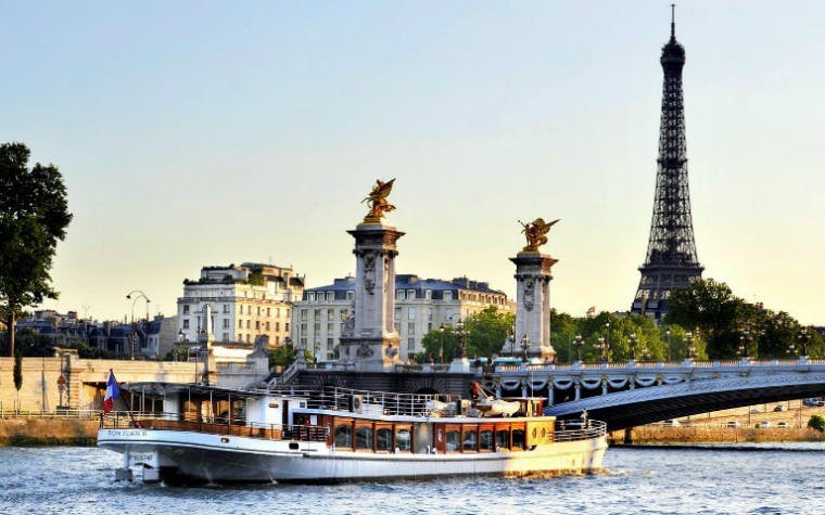 Discover Paris at Your Leisure Custom Day Trip with Seine Cruise