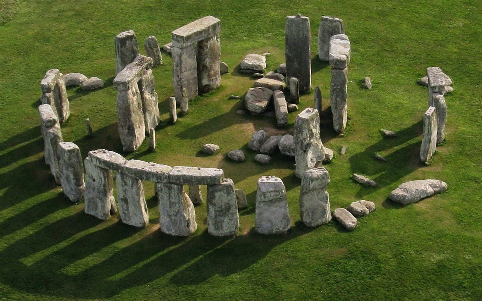 Best Day Trips from London - Stonehenge Tours from London - Half Day
