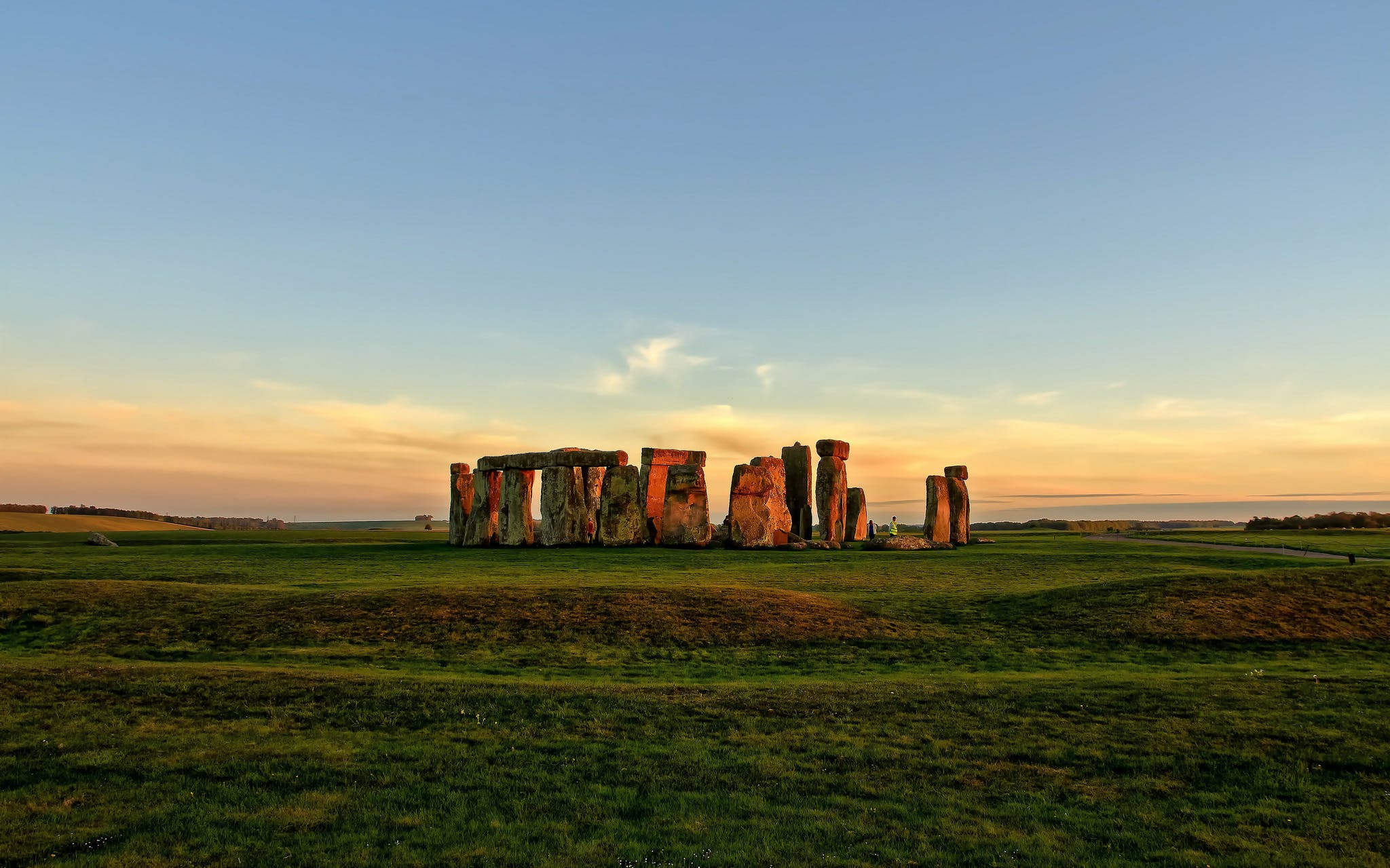 Stonehenge Half-Day Tour from London