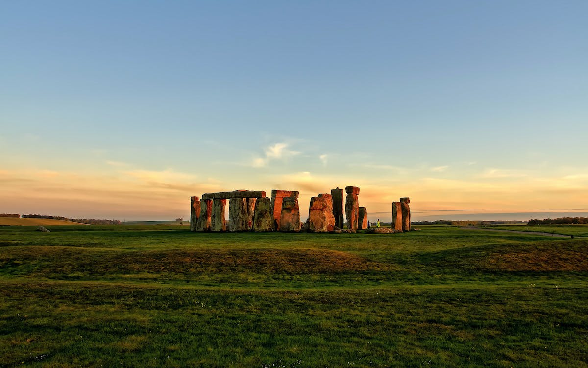 stonehenge half-day tour from london-1
