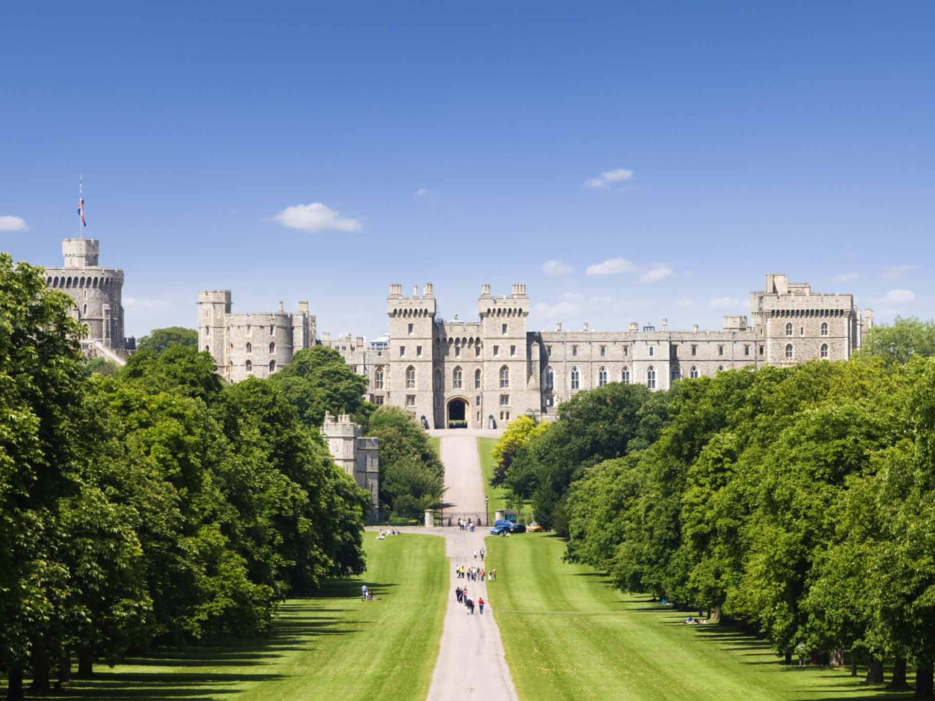 Windsor Castle Half Day Tour from London