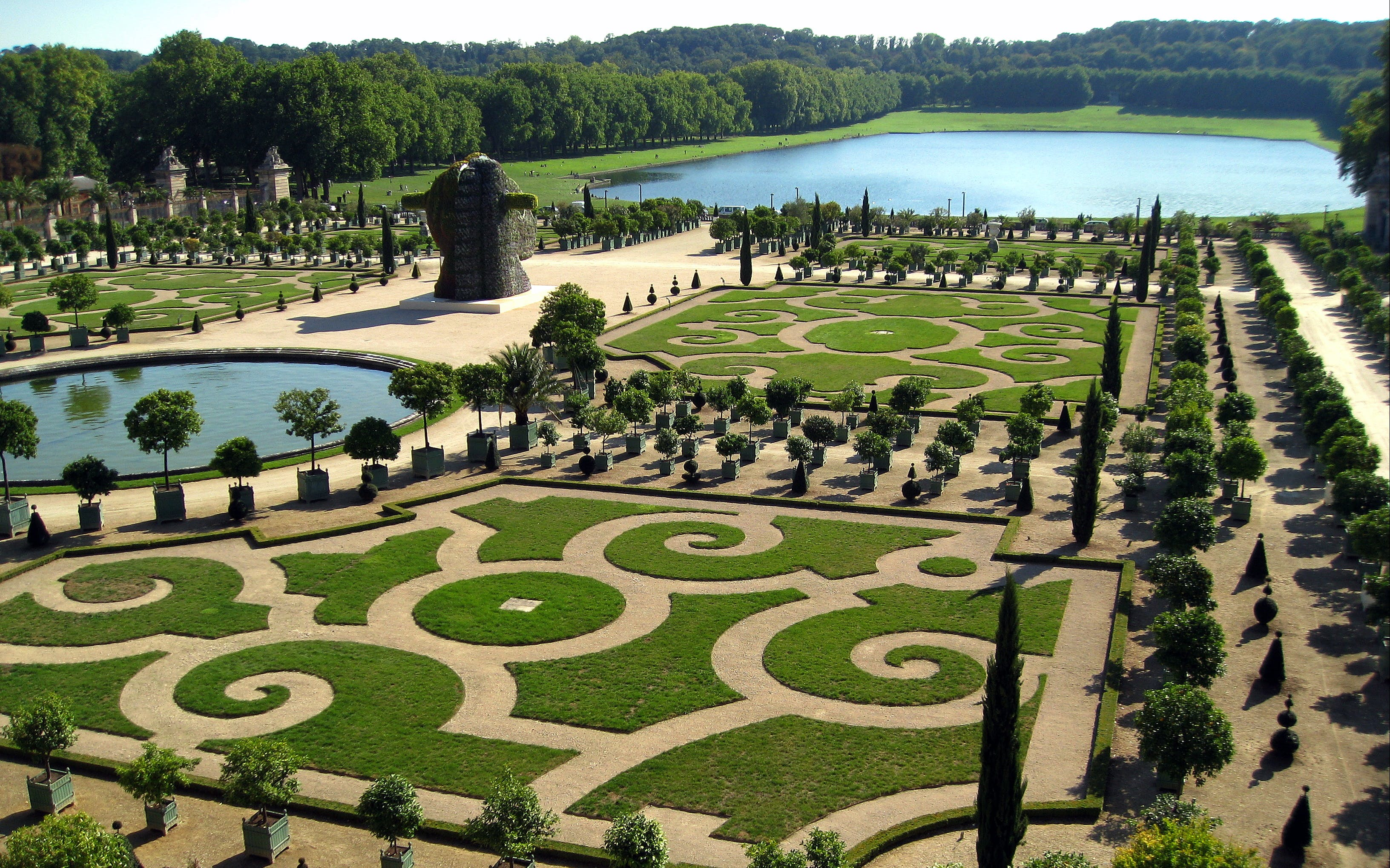 skip the line: versailles palace & gardens guided tour from paris-4