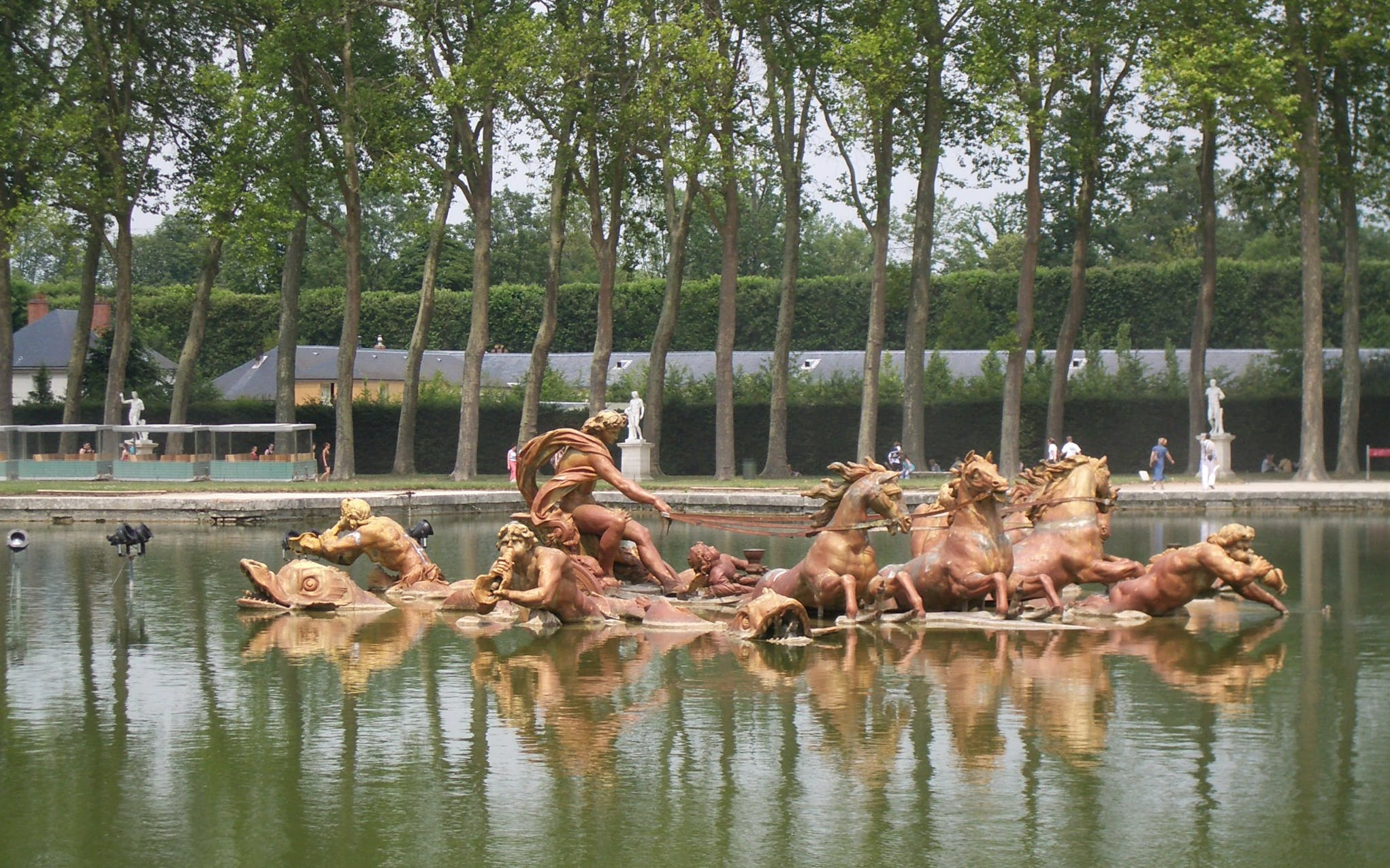 skip the line: versailles palace & gardens guided tour from paris-6